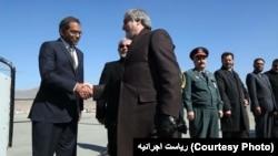 ریاست اجرائیه می گوید که در جریان سفر آقای عبدالله دو قرارداد در بخش سیاسی و اقتصادی نیز میان کابل و دهلی به امضا خواهد رسید