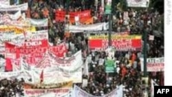 Yunanistan'da Kriz Küresel Ekonomiyi Etkiliyor
