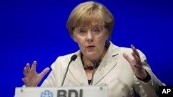 25일 독일 베를린에서 열린 기업회의에 참석한 앙겔라 메르켈 독일총리.