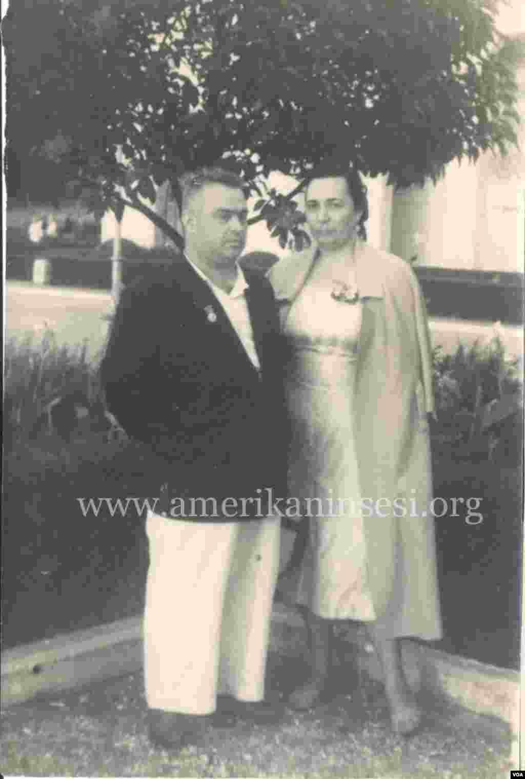 Lütfəli Abdullayev xanımı Sevda Pepinova ilə