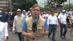 Oposición venezolana marcha hasta la Cancillería