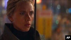 """Esta imagen distribuida por Disney muestra a Scarlett Johansson en una escena de """"Avengers: Endgame"""". (Disney/Marvel Studios via AP)"""