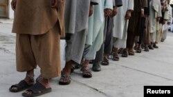 دو شهروند خارجی، ۲۰ زن و ۱۸ کارمند خدمات عامه در میان بازداشت شدگان به جرم قاچاق مخدرات اند
