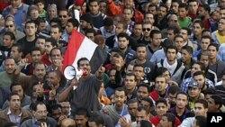 Демонстранции во Египет; барања за цивилна власт