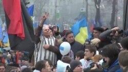 Україна має пояснити свої принципи і не змагатись у пропаганді з Москвою - експерт