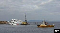 Tàu Costa Concordia bị lâm nạn gần đảo Giglio của Italy