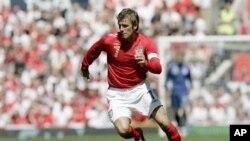 David Beckham, mantan kapten timnas Inggris usia 37-tahun, berlatih di London pekan ini dan siap berlatih dengan klub PSG minggu depan (foto: Dok).