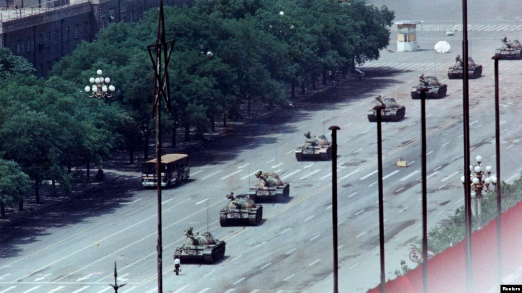 三十一年前的天安门事件资料照 (路透社1989年6月5日)