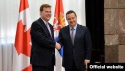 Ministri spoljnih poslova Kanade i Srbije, Džon Berd i Ivica Dačić, tokom susreta u Beogradu (mfa.gov.rs)