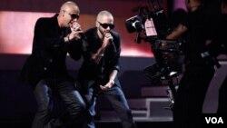 Wisin y Yandel repitieron la historia del 2010 y se llevaron una vez más el premio a Mejor álbum urbano por el disco La revolución: Evolución.