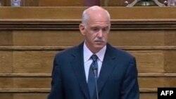 Ministrat grekë mbështesin planin e Kryeministrit për referendum