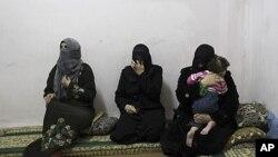 几名流亡到约旦的叙利亚妇女(2012年3月7号资料照)