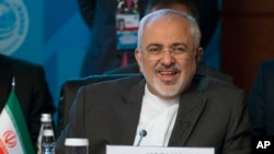 El ministro iraní, Mohamad Javad Zarif conversó con los ministros de Alemania y Francia previo a una junta con los líderes de EE.UU.