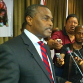 Abel Chivukuvuku, líder da Convergência Ampla para a Salvação de Angola ( CASA)