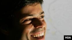 La decisión de la Corte allana el camino de López para regresar a Venezuela y postularse como candidato presidencial para las elecciones de 2012.
