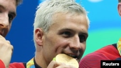 Ryan Lochte, salah satu perenang AS yang diduga 'mengarang' cerita bohong soal terjadinya perampokan di arena olimpiade (foto: dok).