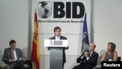 El presidente del BID afirma que dicho crecimiento depende el comportamiento del sistema financiero.
