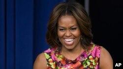 Ibu negara Amerika Serikat Michelle Obama tiba di China hari Kamis (20/3) untuk kunjungan selama enam hari.