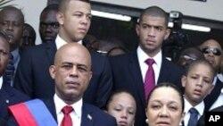 Prezidan Michel Martelly prete sèman - 14 me 2011