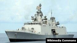 Khu trục hạm mang hỏa tiễn dẫn đường INS Satputra là một trong 4 tàu chiến Ấn Độ với hơn 1.000 sĩ quan và thủy thủ đoàn tới thăm Đà Nẵng hồi tháng 6/2013.