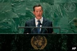 김성 유엔주재 북한대사가 27일 뉴욕 유엔본부에서 진행된 제76차 유엔총회에서 연설하고 있다.