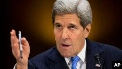 Ngoại trưởng John Kerry điều trần tại Trụ sở Quốc hội ở Washington, 11/3/2015, trước Uỷ ban Đối ngoại Thượng viện.