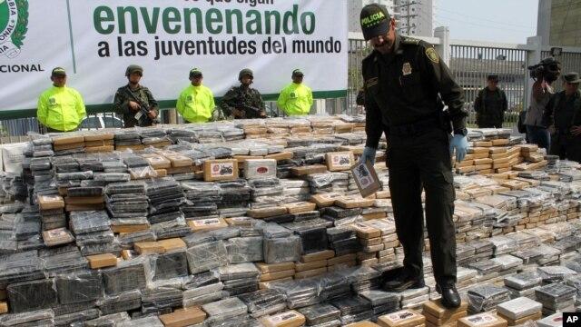 US Seeks to Break Up Drug Ring