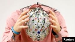 Serie televisiva buscará responder a las preguntas más frecuentes sobre los misterios del cerebro.