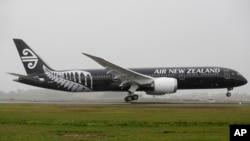 뉴질랜드 오크랜드공항에서 에어뉴질랜드 여객기가 이륙하고 있다. (자료사진)