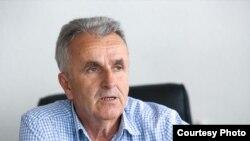 Bivši predsjednik Općinskog suda u Kalesiji Ibrahim Omerović je odgodio odlazak u zatvor osuđenom za pokušaj ubistva. Disciplinski je kažnjen smanjenjem plaće, a danas radi kao advokat (Foto: CIN)