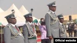 Shugaban Hukumar Kwastam ta Najeriya, Abdullahi Dikko Inde, tare da wasu manyan jami'an hukumar. (File Photo)