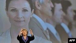 Evropska komesarka za fundamentalna prava, Vivian Reding, želela bi da žene zauzimaju 30% rukovodećih pozicija do 2015. godine - a da taj procenat skoči na 40% do 2020.