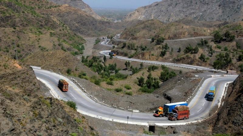 کابل کې د افغانستان، پاکستان او قاطع ملاتړ جنرالانو ګډه غونډه
