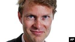 ლუკ ჰარდინგი, 2011 წ.