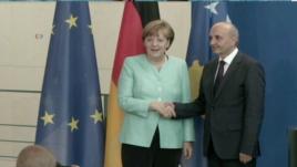 Takim Merkel-Mustafa në Berlin