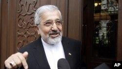 14일 이란-IAEA 핵 실무협상장에 들어서는 알리 아스가르 솔타니에 IAEA 주재 이란대사.