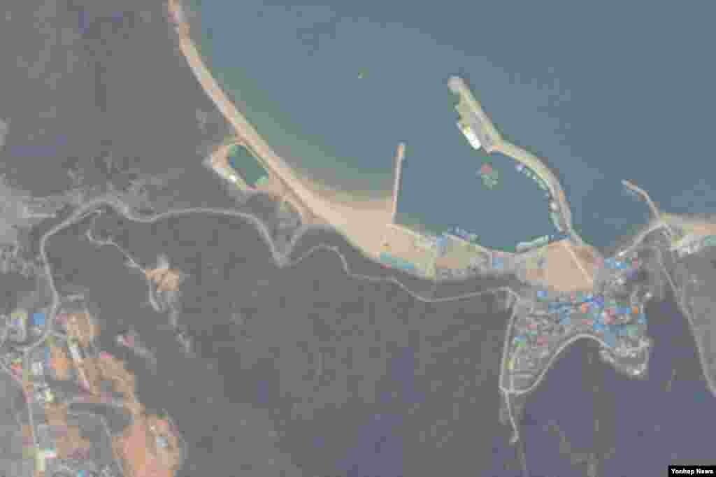 백령도에서 추락한 북한 발진 추정 무인기가 촬영한 대청도.