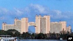 巴哈马群岛首都拿骚的天堂岛上现有的度假酒店,造价四亿五千万美元