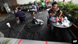 Cafe, restoran, dan bisnis di Jakarta terpukul akibat pandemi Covid-19. (Foto: ilustrasi)