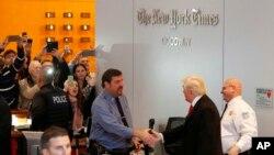 Donald Trump arrivant au siège du New York Times, le 22 novembre 2016