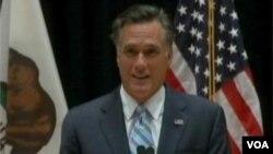 Romney gizli videonun yayınlanması üzerine düzenlediği basın toplantısında konuşurken