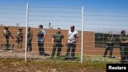 Un comité del Senado busca entregar luces sobre la problemática del aumento de detenciones de migrantes en la frontera sur.