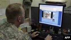 Facebook и армия: польза или вред?