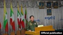 တပ္မေတာ္ကာကြယ္ေရးဦးစီးခ်ဳပ္ ဗိုလ္ခ်ဳပ္မွဴးႀကီး မင္းေအာင္လိႈင္ရဲ႕ ကယားျပည္နယ္ ခရီးစဥ္ (ဓါတ္ပံု-Senior General Min Aung Hlaing)