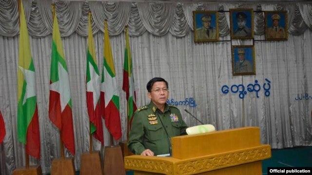 တပ္မေတာ္ကာကြယ္ေရးဦးစီးခ်ဳပ္ ဗိုလ္ခ်ဳပ္မွဴးႀကီး မင္းေအာင္လိႈင္ရဲ႕ ကယားျပည္နယ္ ခရီးစဥ္ (ဓာတ္ပံု-Senior General Min Aung Hlaing)