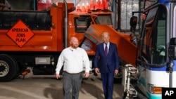 President Joe Biden participates in a tour of the La Crosse Municipal Transit Authority with Adam Lorentz, Transit Manager, La Crosse Municipal Transit Utility, June 29, 2021, in La Crosse, Wis.