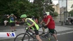 New York'ta Görme Engeli Olanlara Bisiklet Arkadaşı