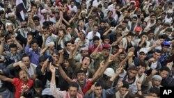 یمن: سرکاری فورسز اور حکومت مخالف قبائلیوں میں جھڑپیں