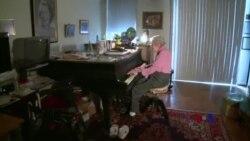 美国百岁老人谈长寿秘密