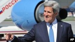 Menlu AS John Kerry akan melewat ke Timur Tengah bulan ini untuk dapat menghidupkan kembali proses perdamaian Israel-Palestina (foto: dok).